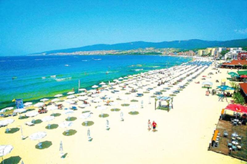 Море вражень та емоцій на курорті «Сонячний берег» в Болгарії