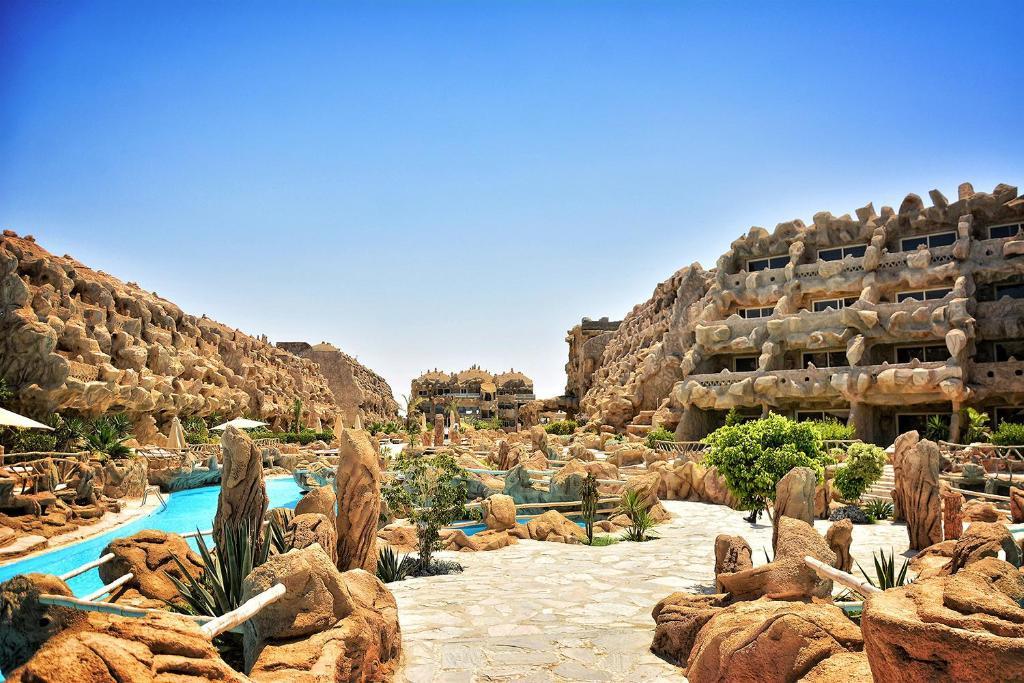caves-beach-resort-5