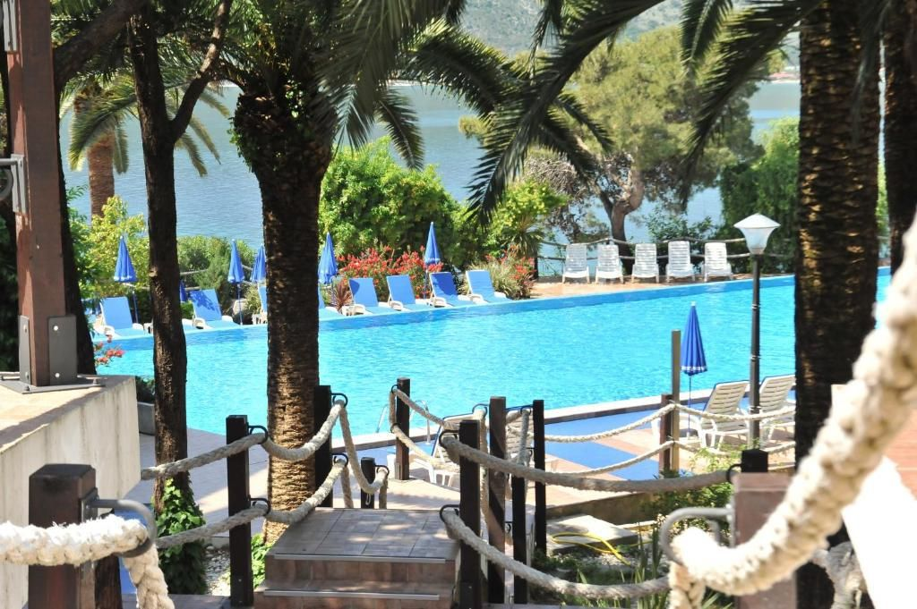sun-resort-4