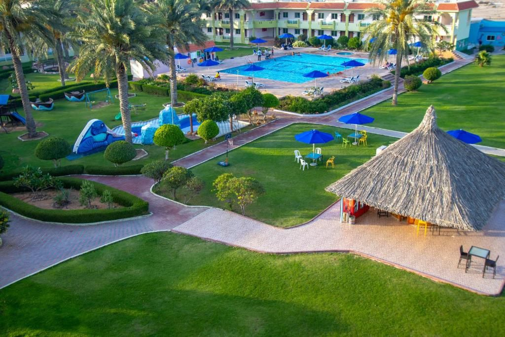 bin-majid-flamingo-beach-resort-3