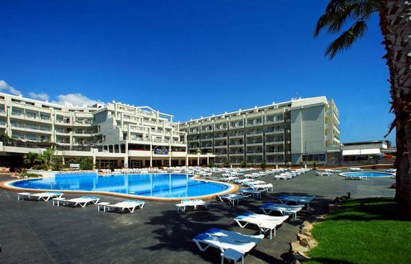 aqua-hotel-aquamarina-4