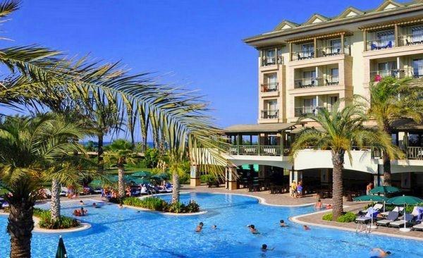 alva-donna-beach-resort-comfort-5