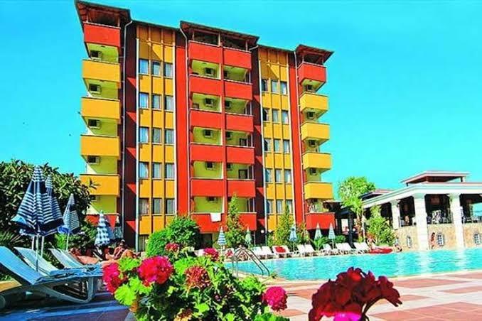 saritas-hotel