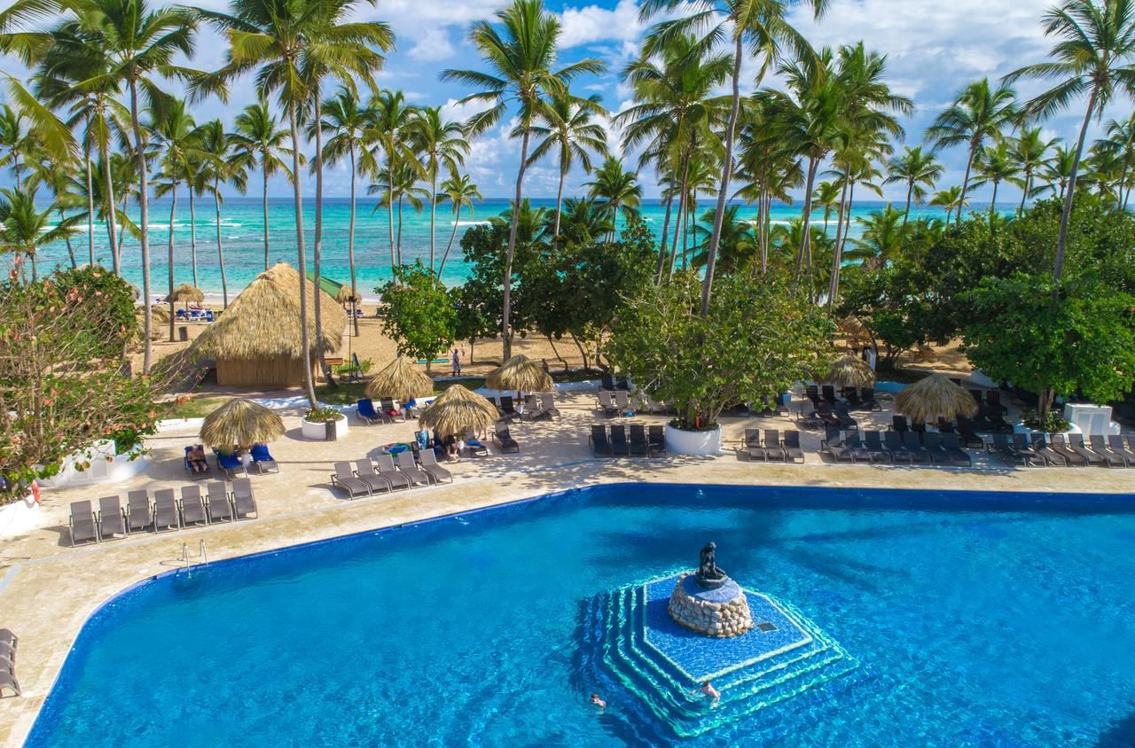 grand-sirenis-punta-cana-resort-casino-aquagames-5