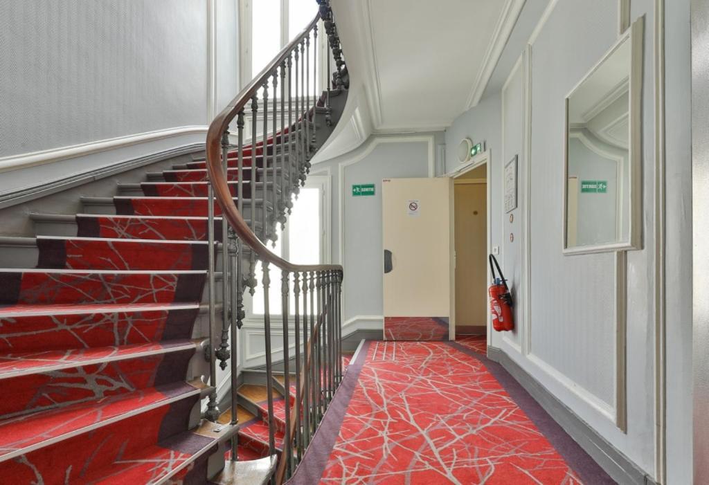 grand-hotel-de-turin-3