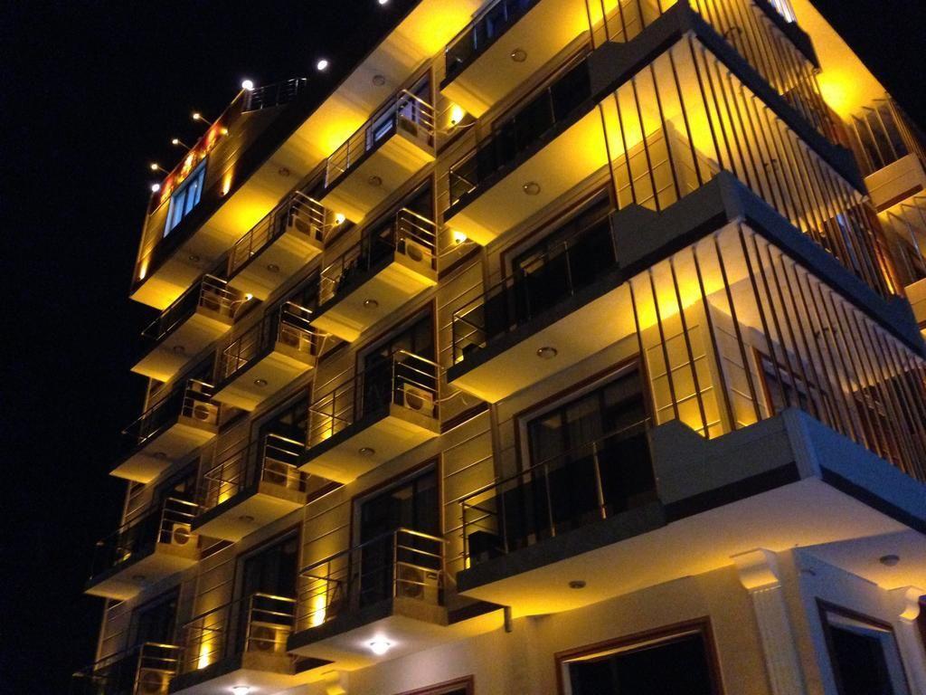 royal-palace-hotel-3