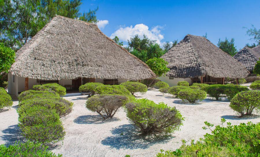hakuna-majiwe-beach-lodge-4