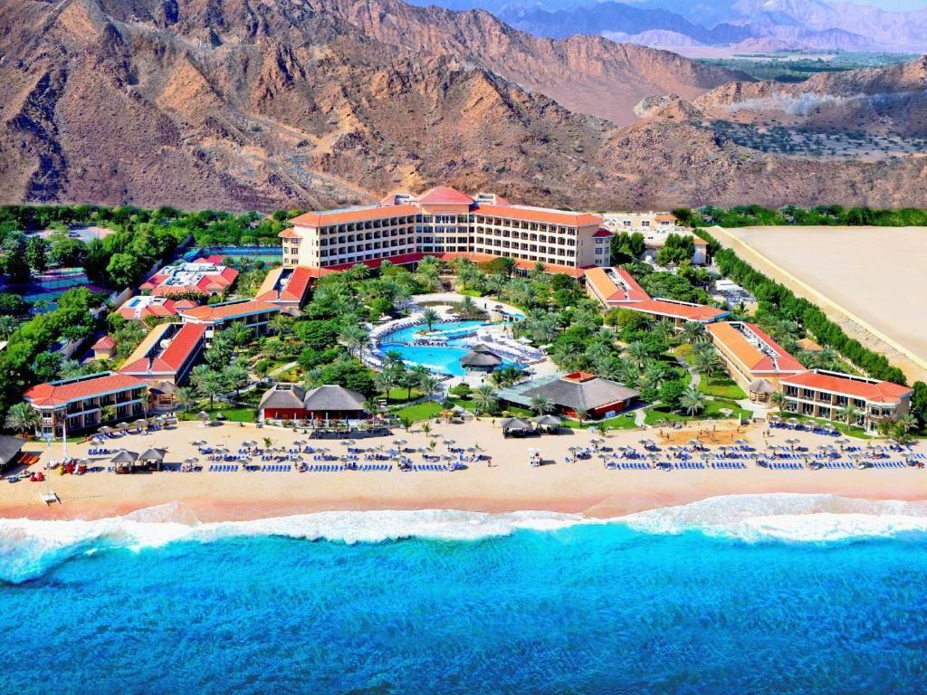 fujairah-rotana-resort-spa-5
