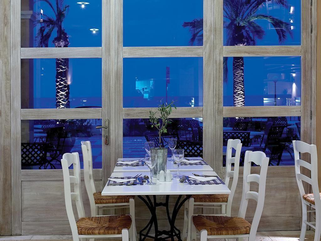 grecotel-plaza-beach-house-4