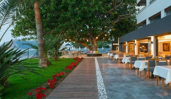 floria-beach-hotel-4