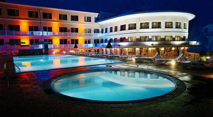 hotel-intourist-palace-5