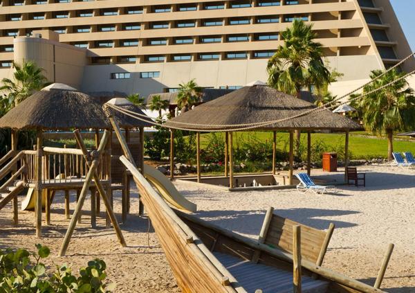 radisson-blu-fujairah-resort-5