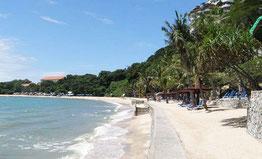 Пратамнак Біч пляж