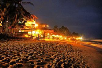 Хіккадува ресторанчики пляжні