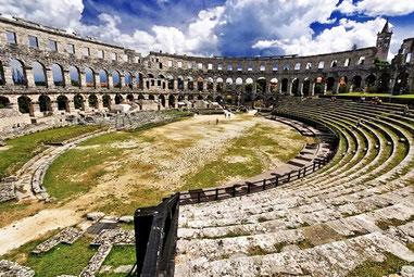 В Пулі Римський Колізей
