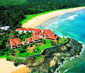 Saman Villas 5* готель