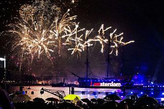 Амстердам феєрверки новорічні